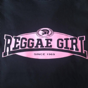 REGGAE GIRL T-SHIRT BLACK & PINK